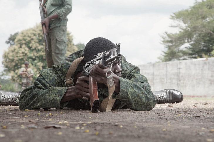 Militaire des FACA au cours d'un entraînement © Florent Vergnes - AFP