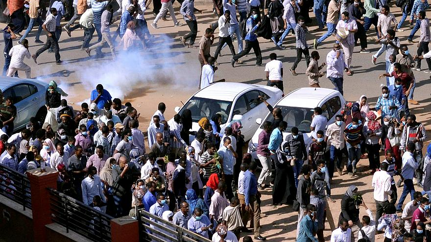 Sudan, Protesters in the street in Khartoum © Euronews